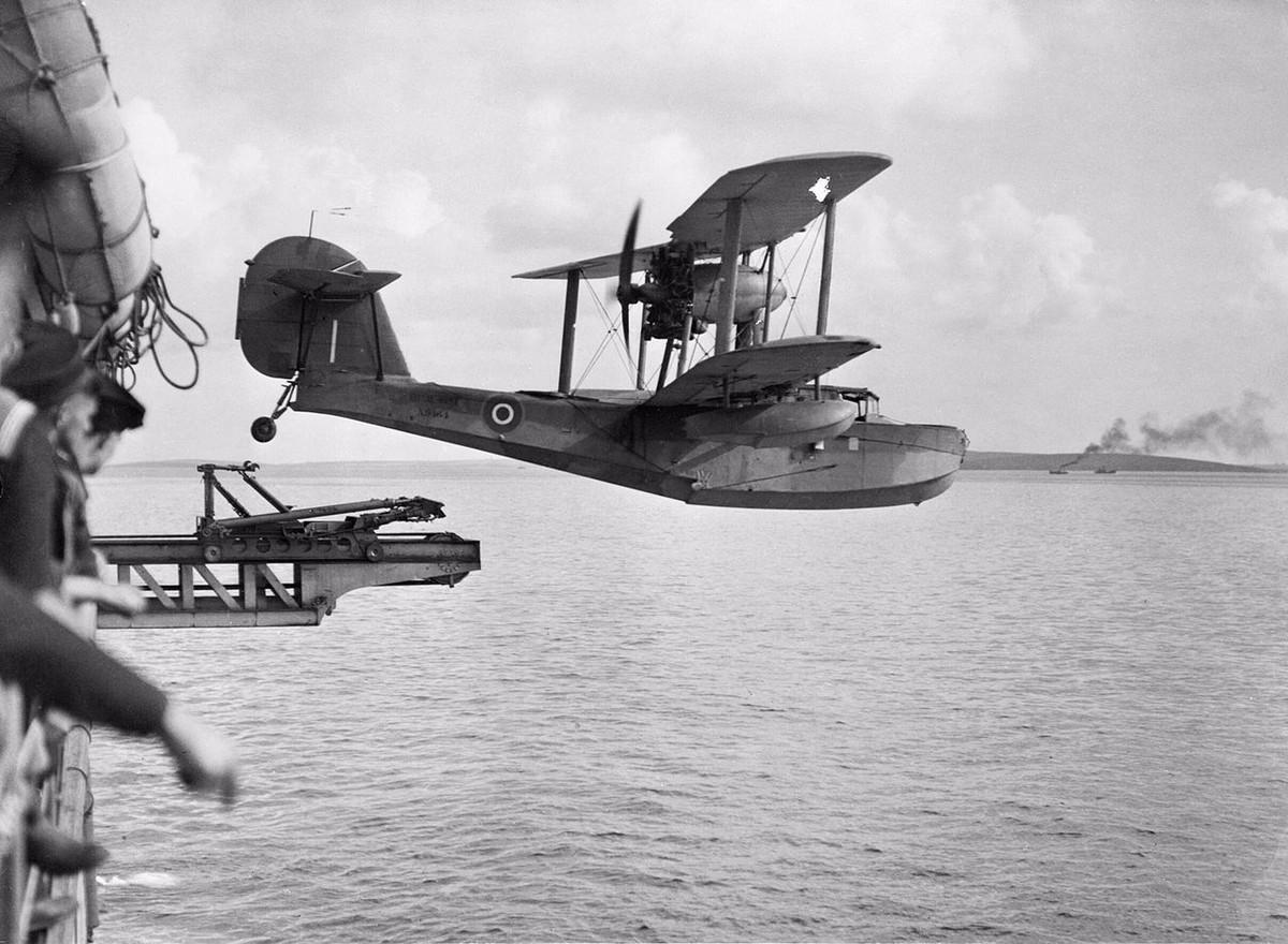 World of Weirdships - Seaplane Tenders   World of Warships